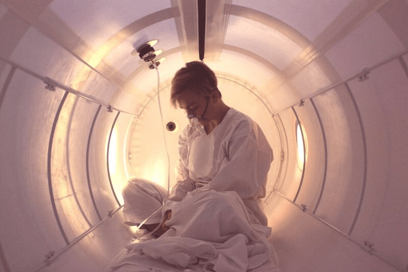 hyperbaric oxygen therapy system